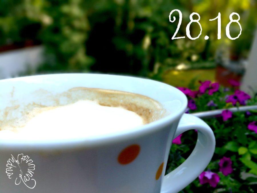 Kaffee auf der Terrasse nach dem Regen