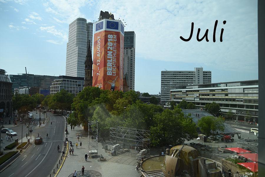 Juli auf dem Breitscheidplatz