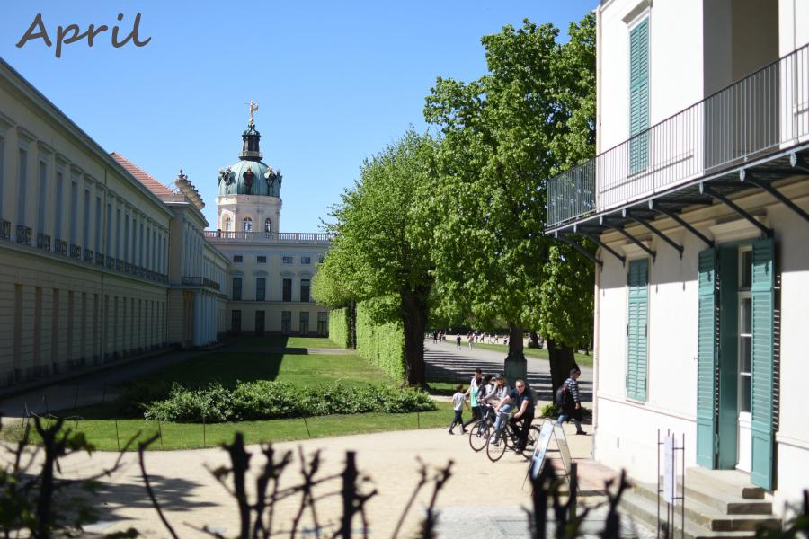Charlottenburg {12tel AprilBlick}