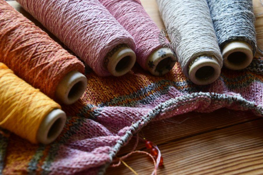 Hallo Sommer Garne von ITO in Gelb, Orange, 2x Rosa und einem hellen und einem silbernen Grau